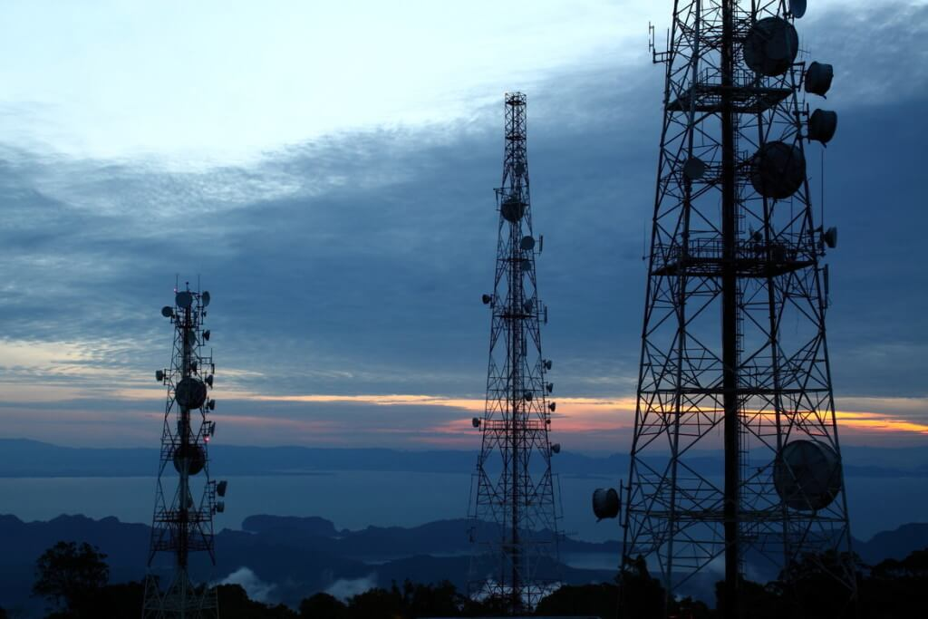 Cell Towers www.christopherleesusanto.com